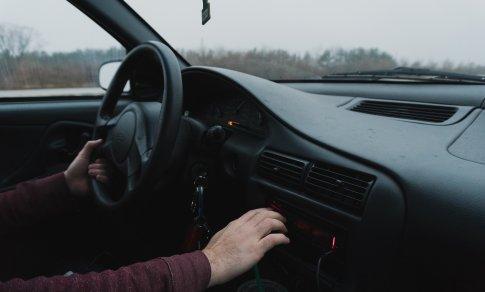 hipertenzija 2 laipsniai vairuojant automobilį