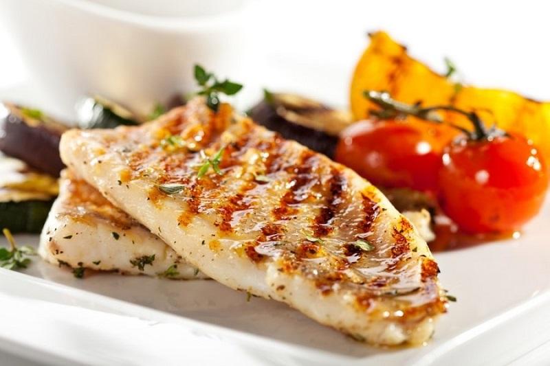 Žuvų turėtų dažniau būti ant mūsų stalo
