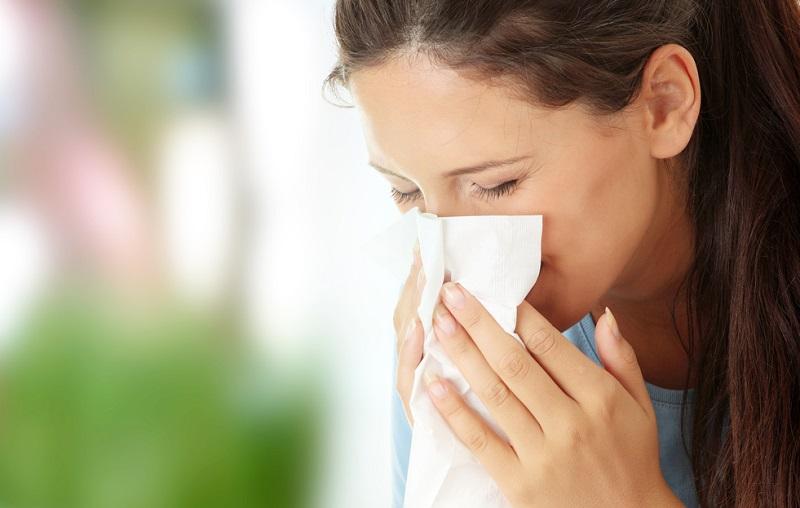 Kodėl pavasarį alergija paūmėja?
