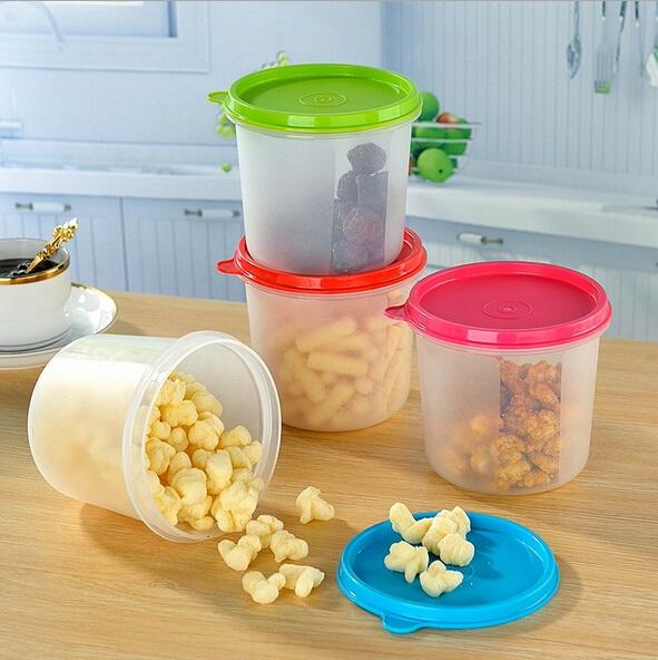 Tai reikia žinoti: ką slepia plastikiniai indai?