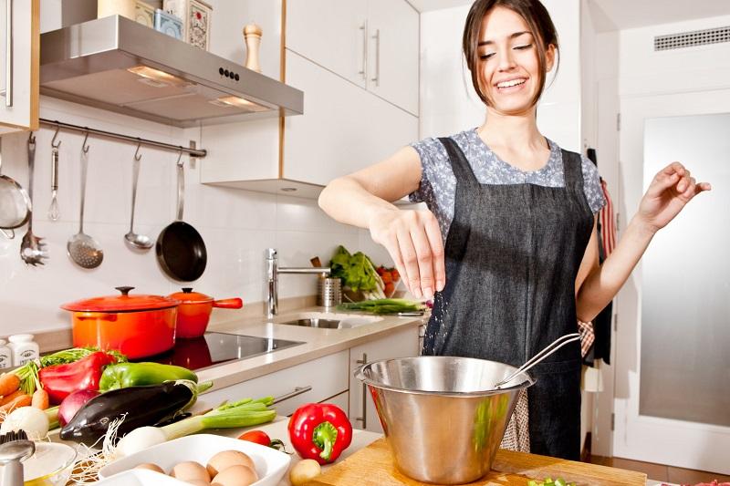 Kaip pašildyti maistą? Geriausia – su vandeniu
