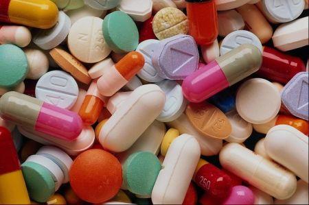 Vaistų kainos neapsaugo nuo besaikio pirkimo