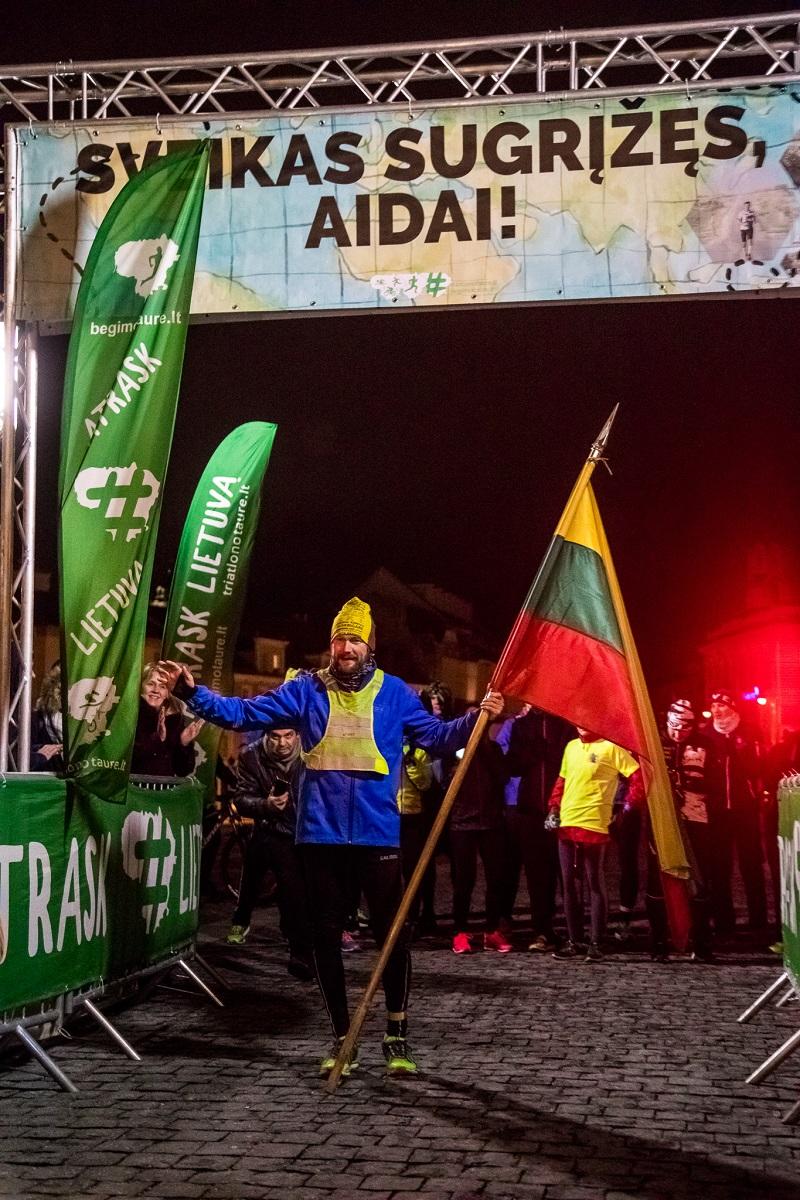 8000 km įveikęs bėgikas sugrįžo į Lietuvą