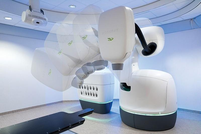 Robotas auglius naikina tiksliai ir be skausmo
