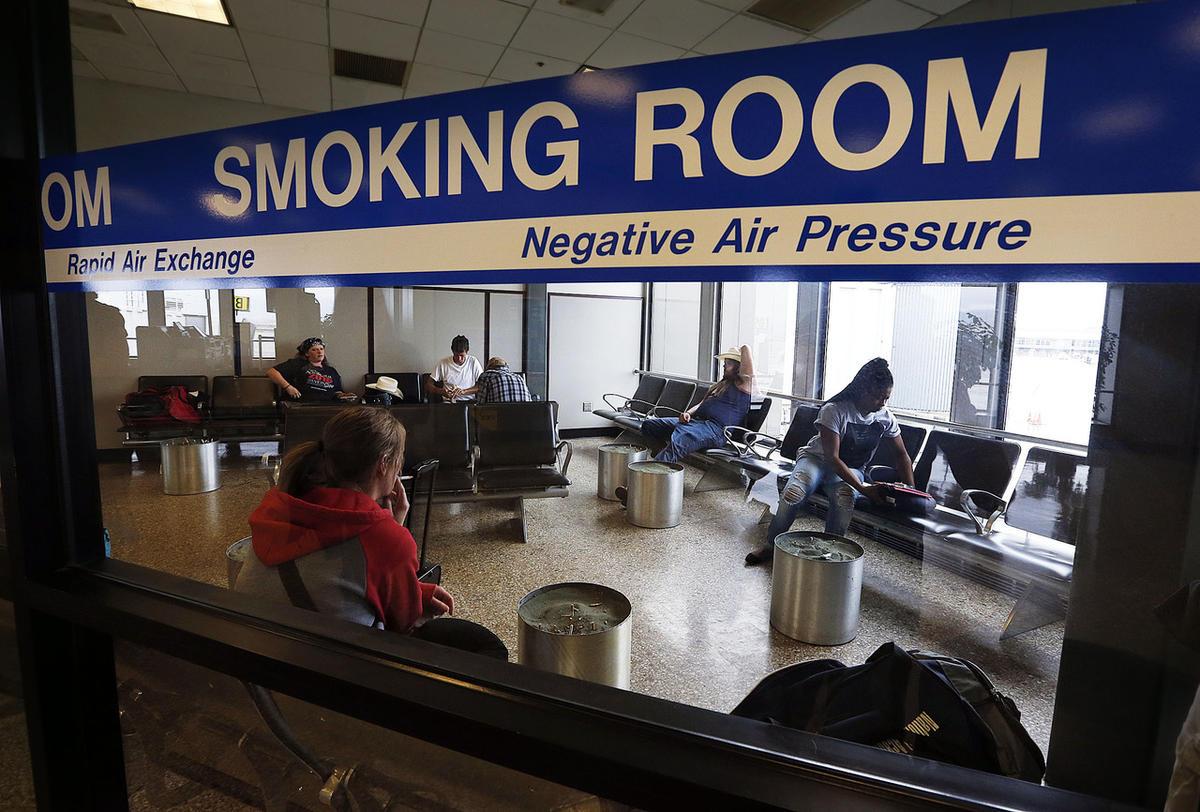 Kodėl neįmanoma išvėdinti patalpų, kuriose rūkoma?