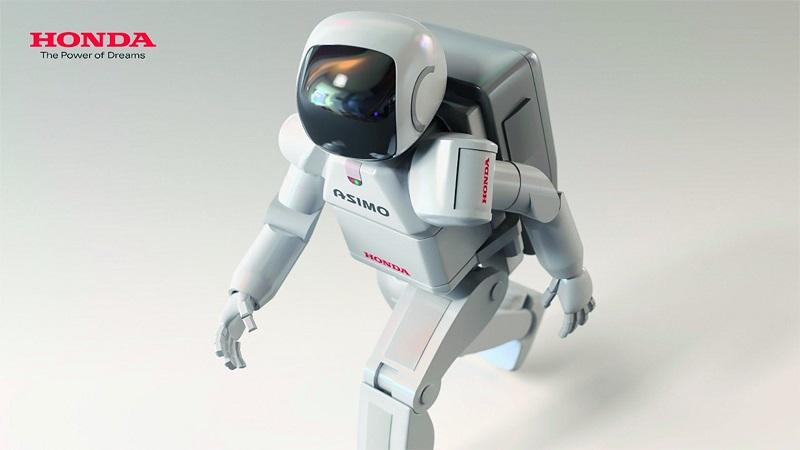 Robotai ateina: jie keis net medikus ir teisininkus