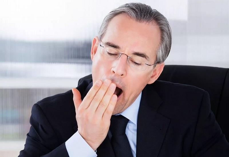Žiovulio priežastis gali būti ne tik nuovargis