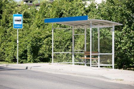 Vilniaus viešojo transporto stotelėse – nauji paviljonai