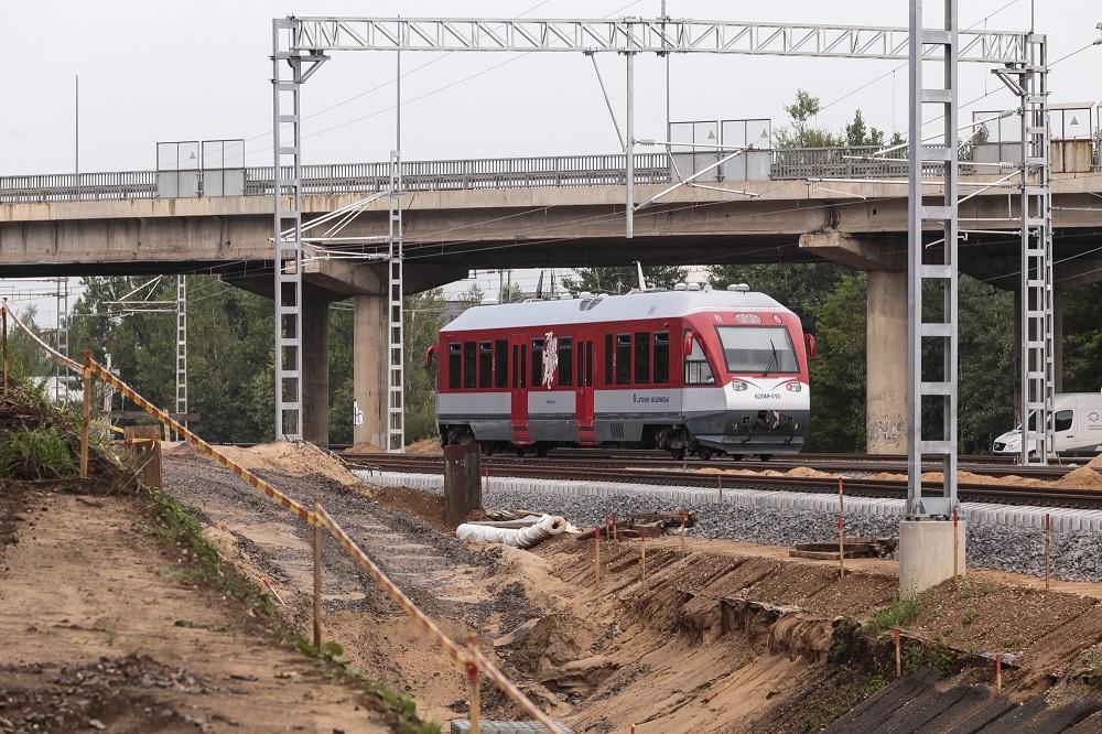 Suremontavus geležinkelius – trumpesnis kelionių laikas