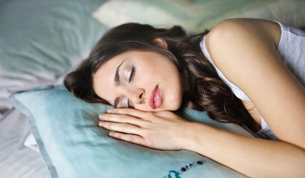 Kaip atrodo sveikas miegas ir kas labiausiai trukdo užmigti?