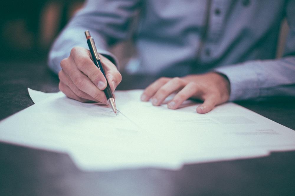Dėl mokesčių reformos bus keičiamos darbo sutartys: ar reikės darbuotojų sutikimo?