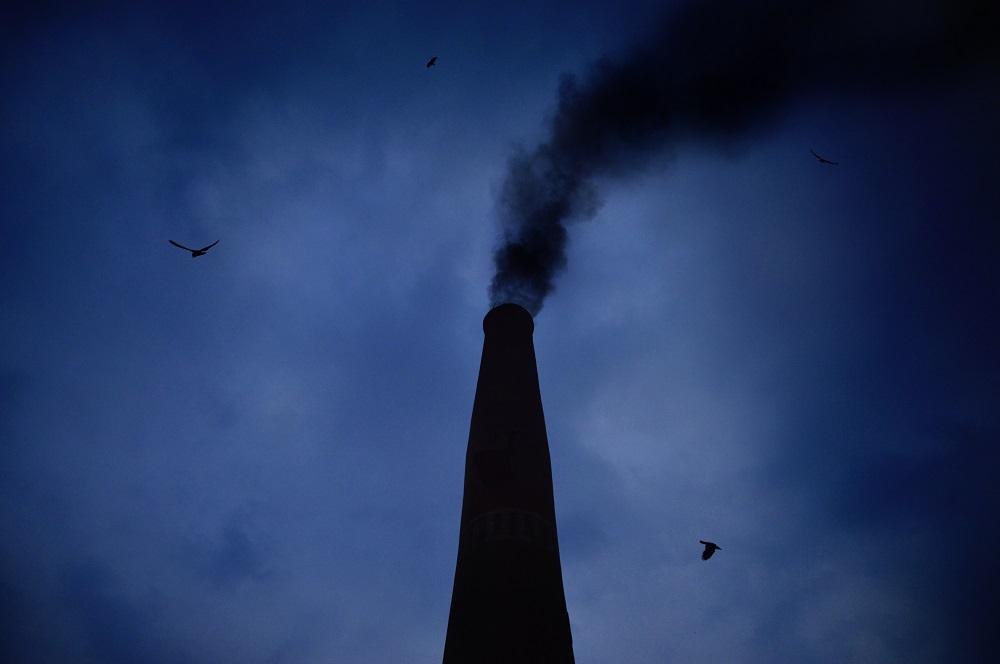 Tyrimas parodė: oro tarša susijusi su padidėjusia silpnaprotystės rizika