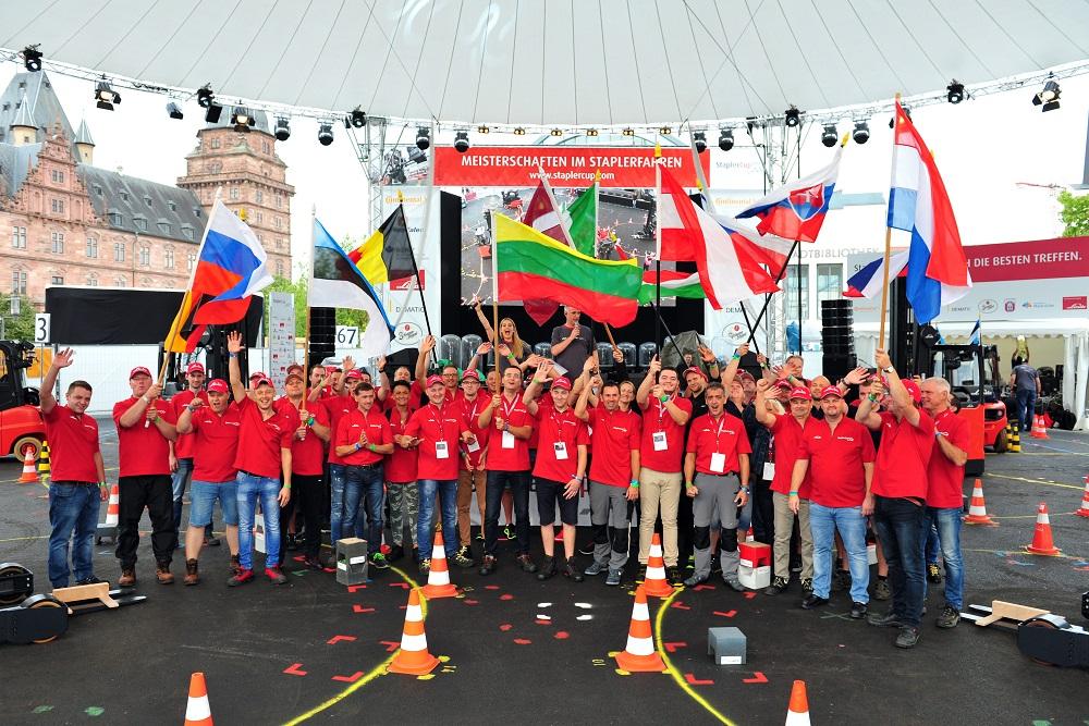 Lietuviai dalyvavo neįprastame pasaulio krautuvų čempionate