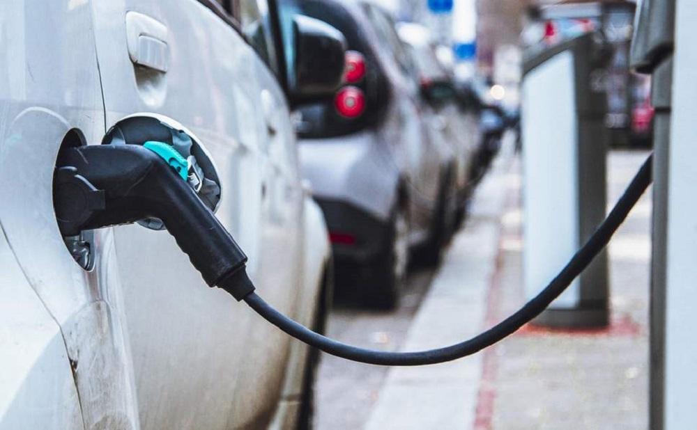 Vokiečiai ketina investuoti į elektromobilių ateitį Lietuvoje