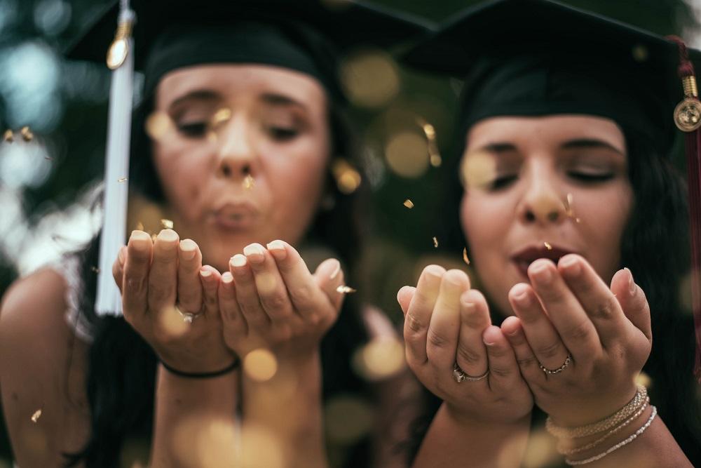 Šimtmečio proga geriausiems šalies abiturientams paskirtos Signatarų stipendijos