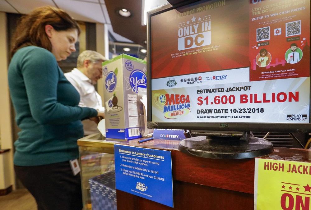 """Per vieną naktį – milijardierius: JAV laimėtas milžiniškas """"aukso puodas"""""""