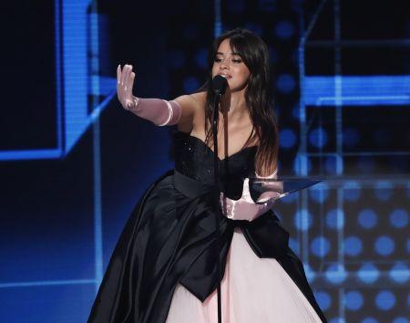JAV muzikiniuose apdovanojimuose triumfavusi T.Swift ir vėl nevengė politikavimo