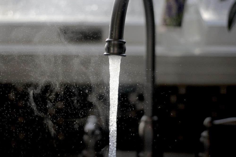Ar Lietuvoje kyla grėsmė dėl geriamo vandens kokybės?