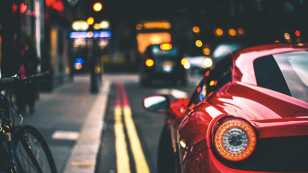 Ispanija planuoja uždrausti benzinu ir dyzelinu varomų automobilių pardavimus nuo 2040 m.