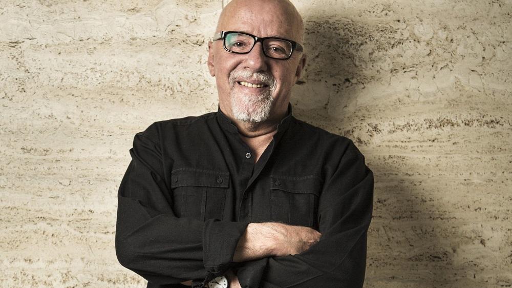 """Paulo Coelho: """"1970-aisiais tikėjome, kad sugebėsime pakeisti pasaulį """""""