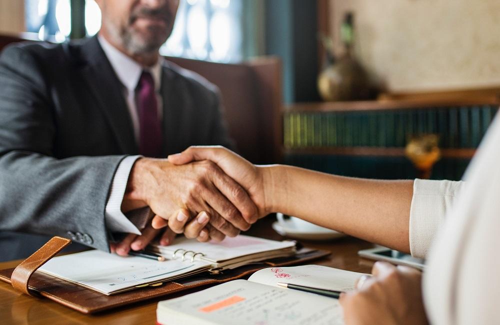 Teisininko patarimai: kondicionierių įrengimas, notarines tvarka sudarytas testamentas ir informacijos reikalavimas