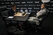Kovoje dėl pasaulio šachmatų karūnos - trečios lygiosios