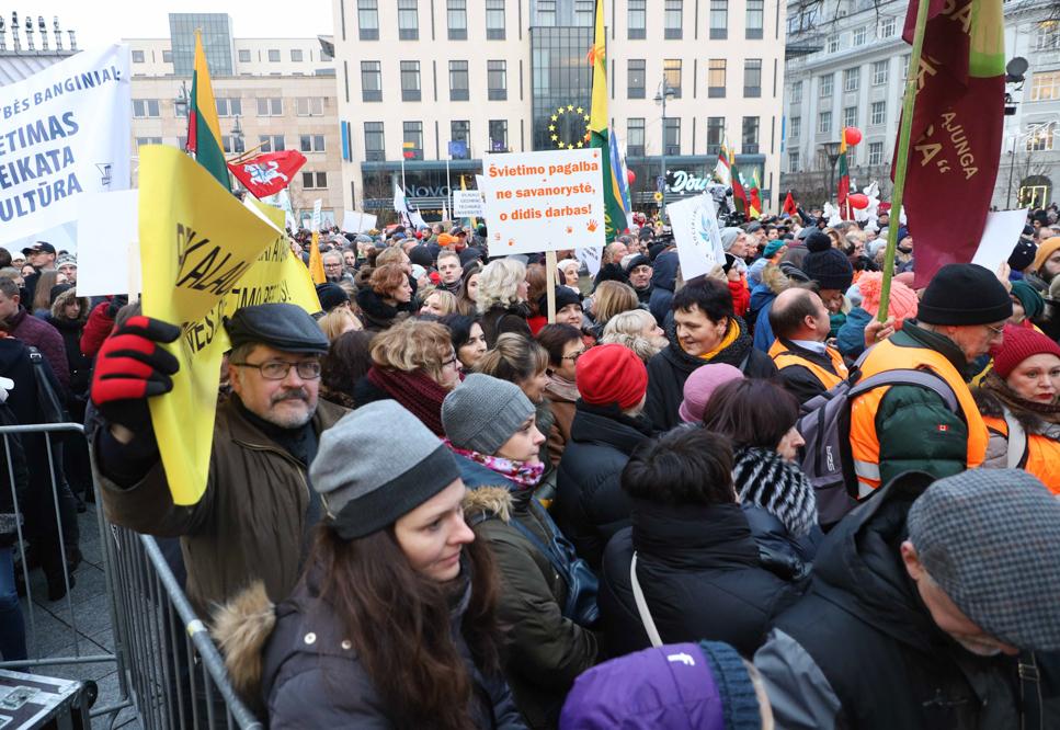 Prasidėjo jau penkta streiko savaitė: pamokų neves apie 1110 mokytojų