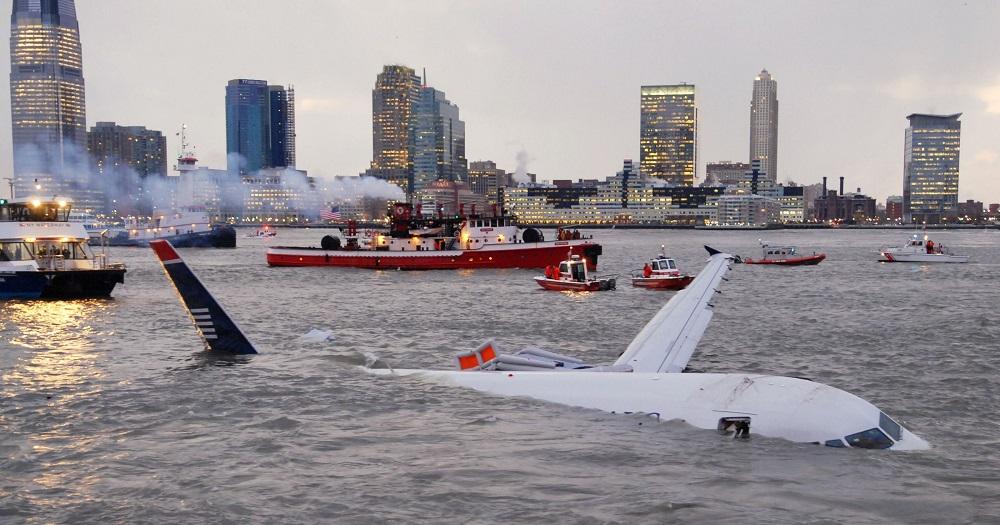 Lėktuvai ant vandens: priverstiniai nusileidimai