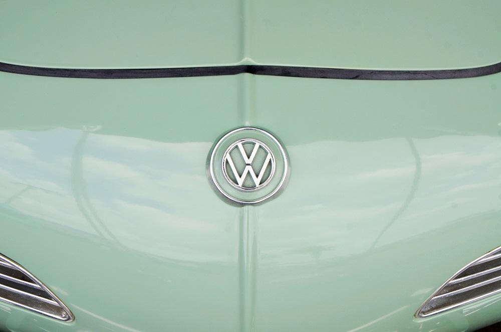 """""""Volkswagen"""" baiminasi milžiniškų JAV muitų: išlaidos gali siekti milijardus eurų"""