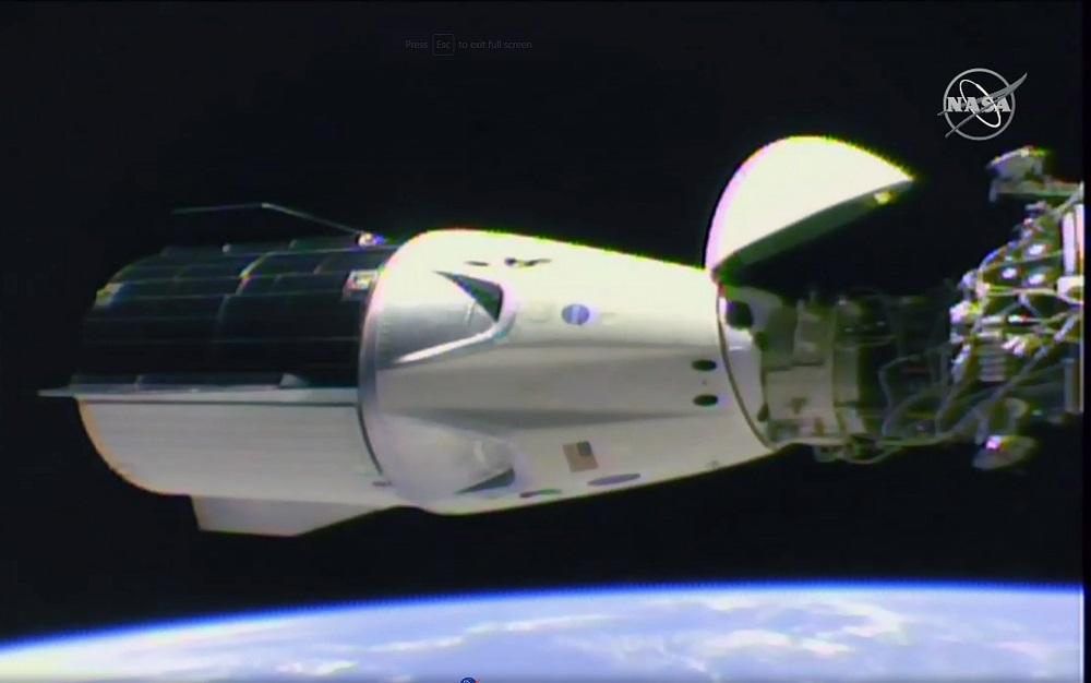 Vis labiau artėjama prie žmonių skraidinimo į kosmosą