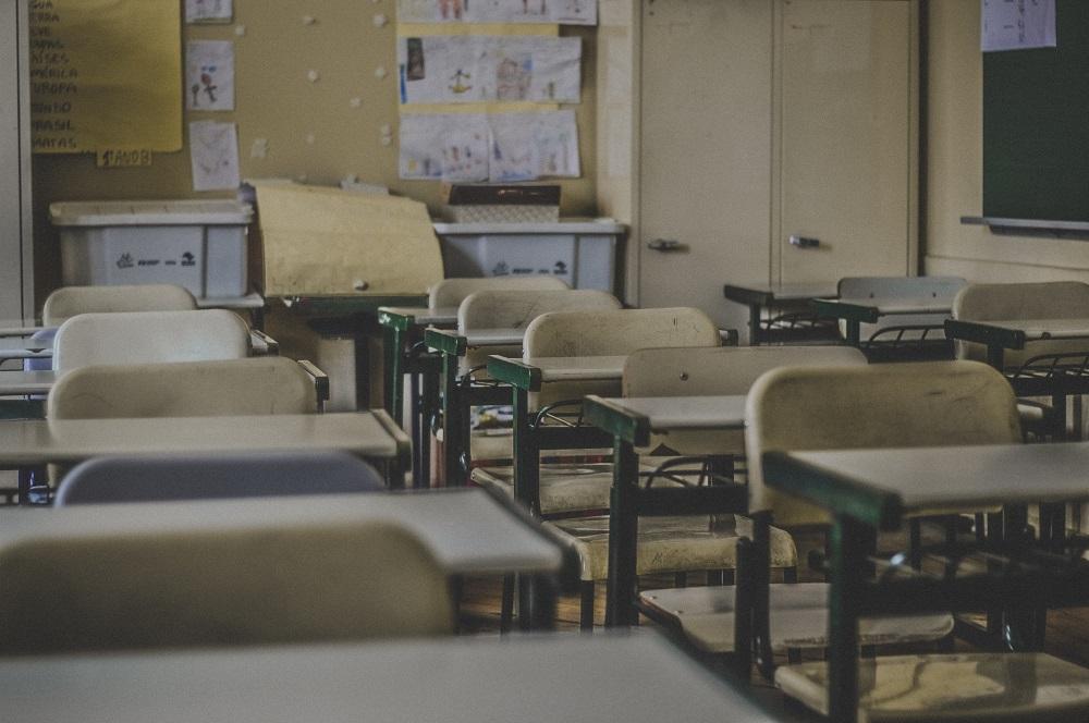 11 tūkst. mokinių Lietuvoje šiuo metu dar mokosi sujungtose klasėse