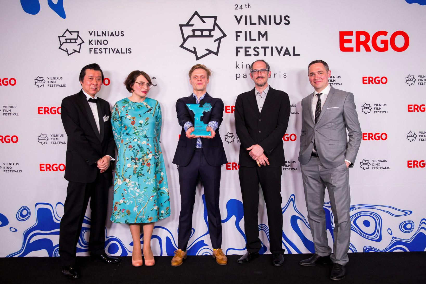 """""""Kino pavasario"""" apdovanojimų ceremonijoje – lietuvių triumfas"""
