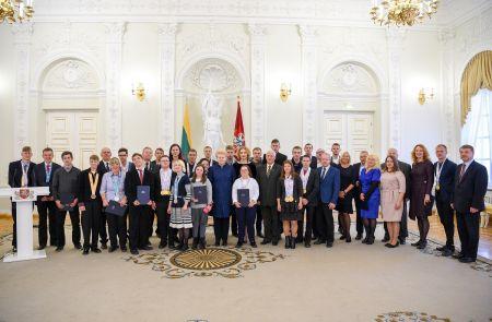 D.Grybauskaitė pasveikino specialiojoje olimpiadoje 28 medalius iškovojusią Lietuvos rinktinę