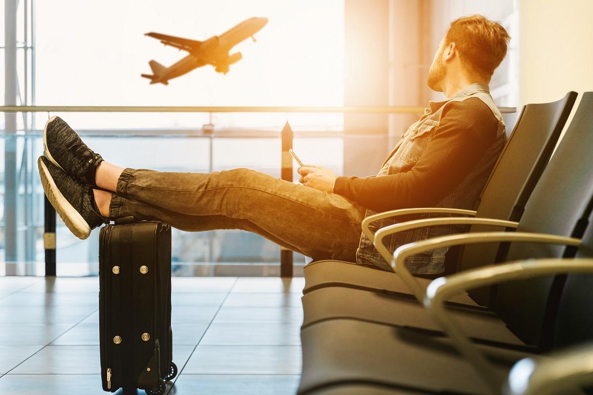 Kad nepavėluotumėte į skrydį: patarimai skubantiems oro uoste