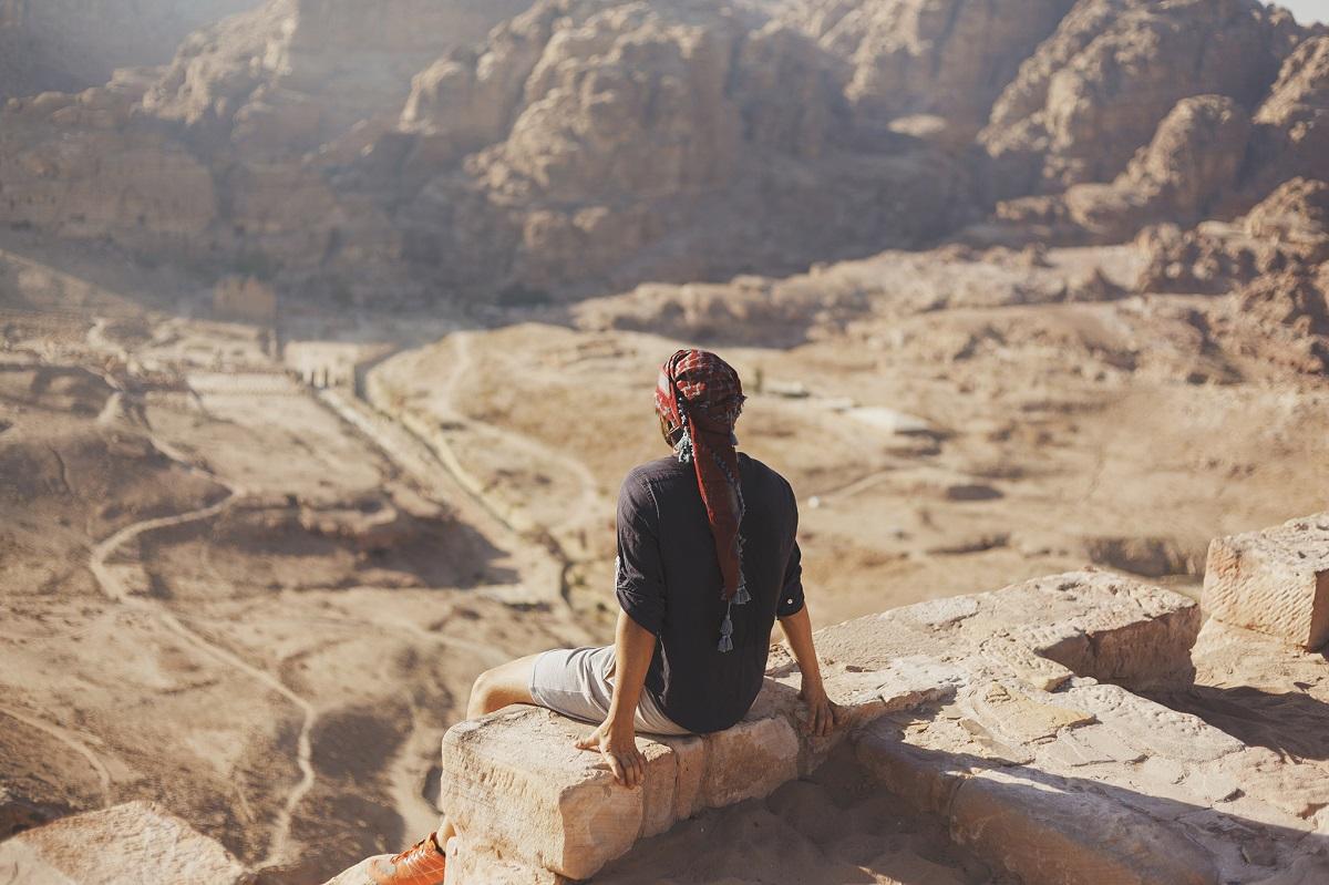 S.Radkevičius apie keliones vienumoje: nuo kung fu treniruočių Kinijos vienuolyne iki žygio pėsčiomis po Jordanijos dykumą