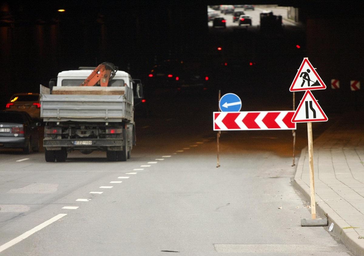 Lietuvoje kelių taisymui bus skirta 10 mln. eurų