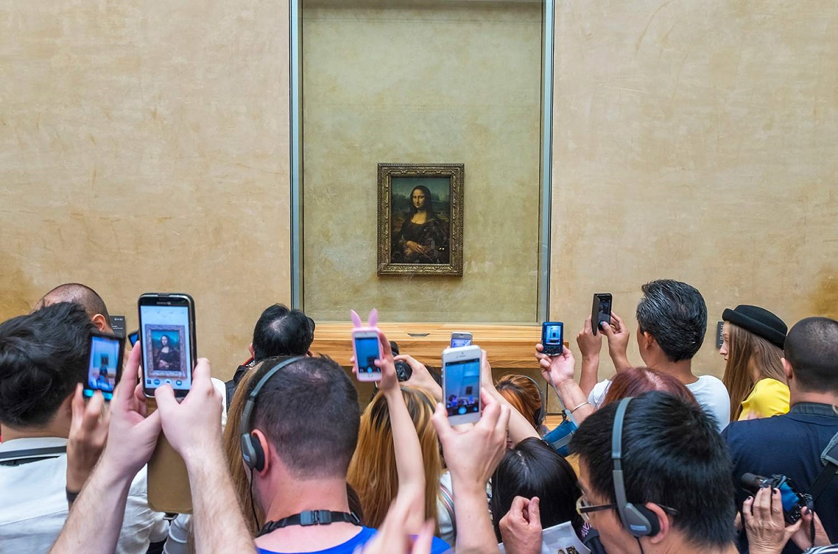 Kas pavaizduota Monos Lizos portrete?