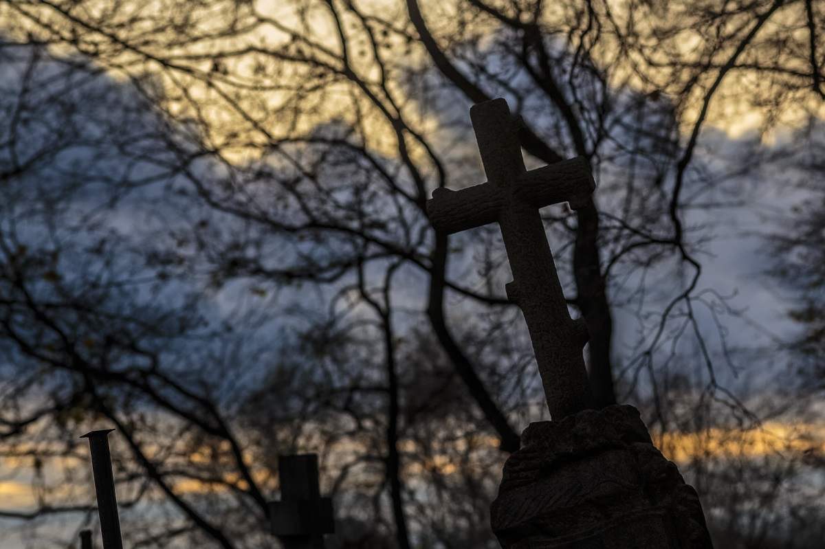 Seimas svarstys siūlymą įteisinti naują šventinę dieną – Vėlines