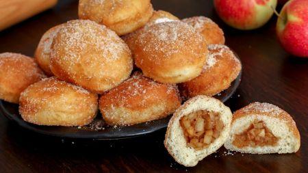 Naminės mielinės spurgos su obuolių įdaru (video)