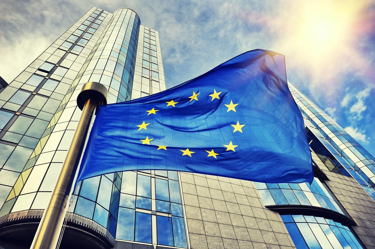 Šiandienos aktualijos: naujoji ES valdžia, moksleivių vasaros ypatumai ir vienkartinių indų eros pabaiga