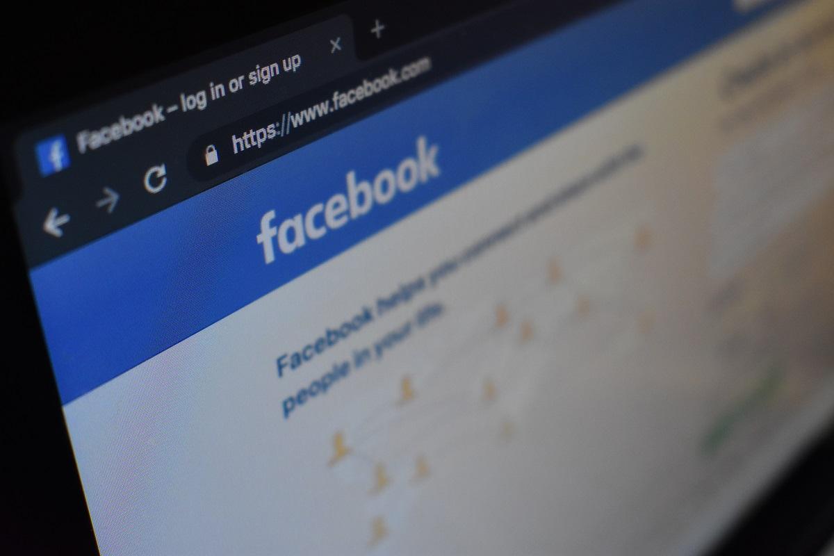 """""""Facebook"""" bus skirta milžiniška 5 milijardų dolerių bauda"""