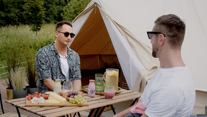Įžymybių vasara: stovyklauti įprastoje palapinėje patinka ne visiems