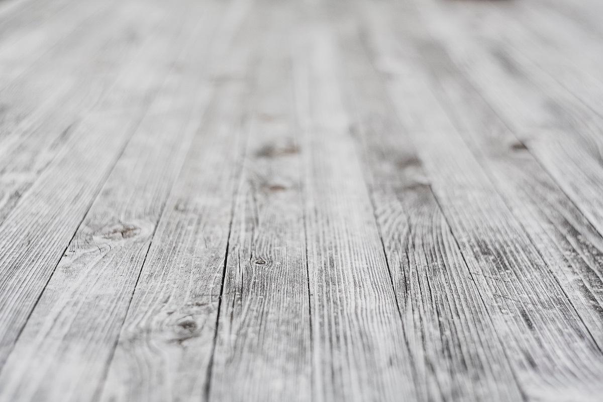Trys patarimai: kaip pasirinkti tinkamiausią grindų dangą?