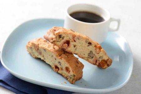 Itališki sausainiai Biscotti su džiovintais vaisiais ir riešutais (video)