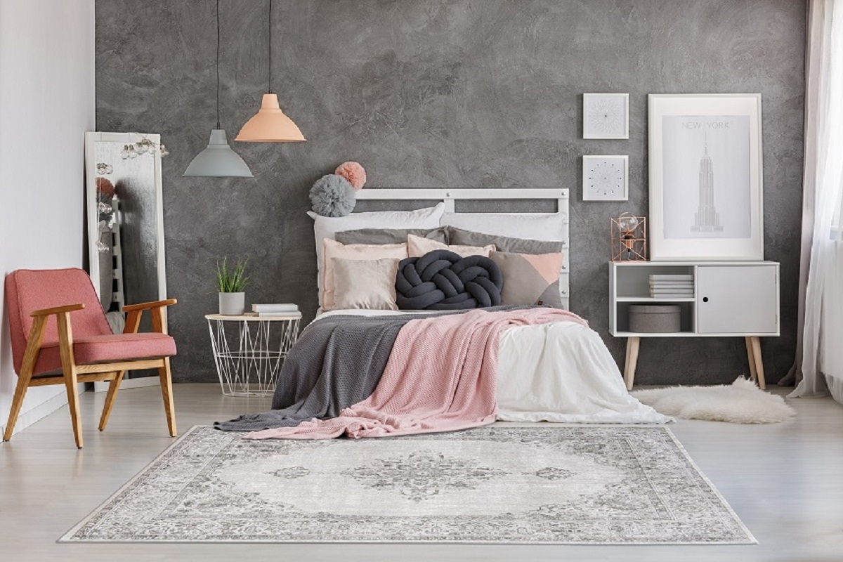 Namuose per daug garsų ir per mažai jaukumo – ieškokite kilimo