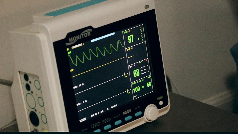 Penkioms šalies ligoninėms – 2,7 mln. eurų reikalingai įrangai kovoje su ūminiu insultu
