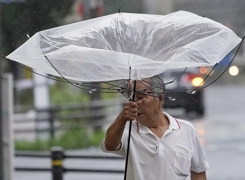 Taifūno Tokijuje pasekmės: elektros neturi beveik pusė milijono namų