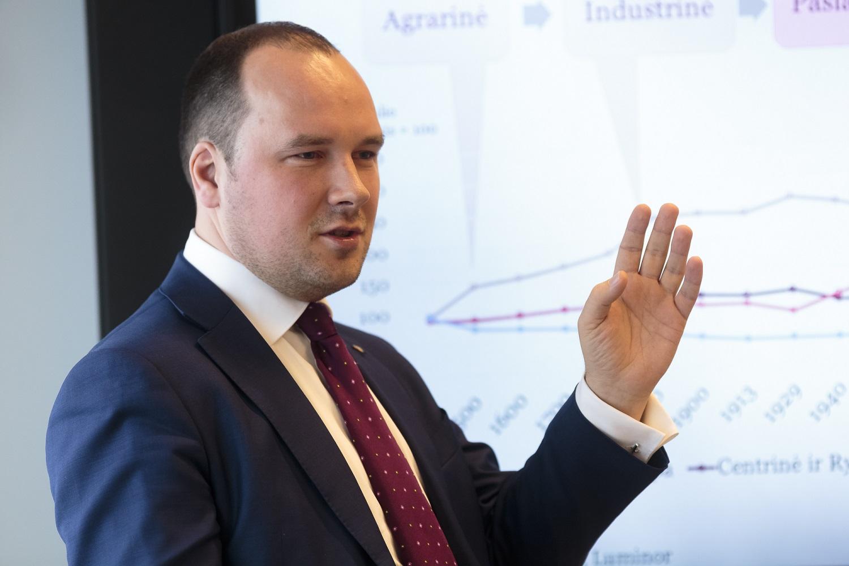 """Ž.Mauricas: """"Lietuva bus viena iš nedaugelio valstybių, kuri augins pramonę"""""""