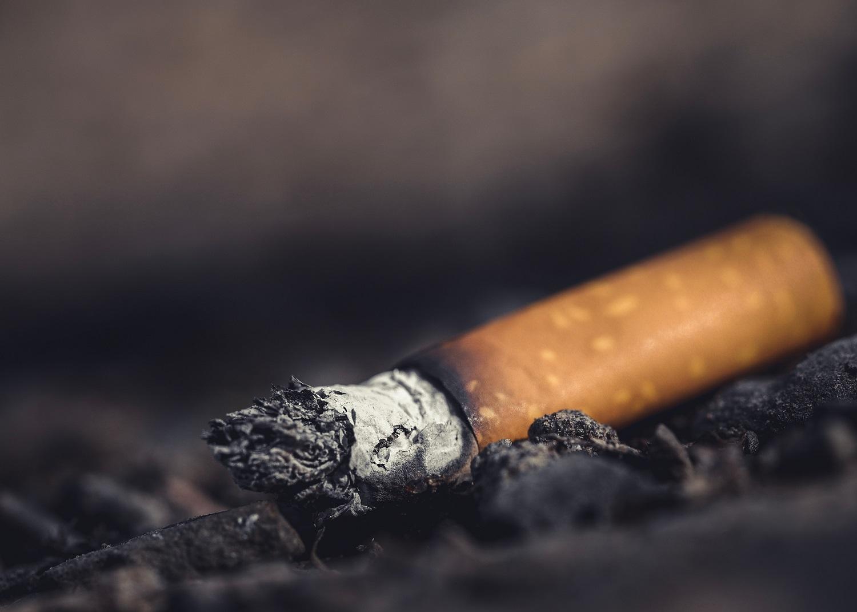 Rūkymas ir psichinės problemos neatsiejami: kaip spręsti sudėtingą situaciją?