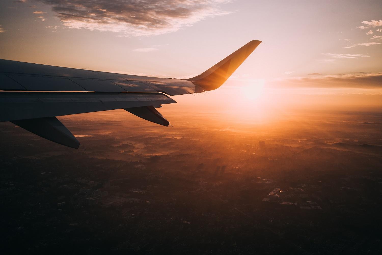 Vokietijos klimato planas: kils mokesčiai keliaujantiems lėktuvais